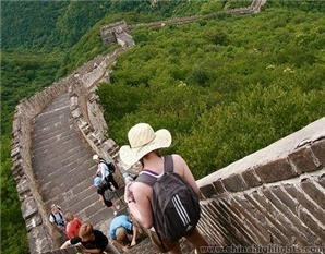 Hiking along the Great Wall