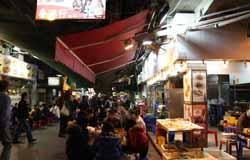 Hong Kong's Best Street Markets for Tourists (with Tips)