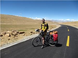 Enjoy Natural Scenery along China's Best Cycling Routes