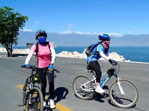Lake Erhai Biking