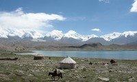 lake karakuli xinjiang