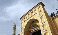 id kah mosque xinjiang