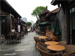 The Wide and Narrow Alleys — The Most Historic Chengdu Streets
