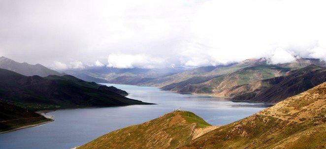 Tibet Yamtso Lake
