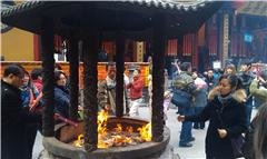 Jade Buddha Temple – holy fire