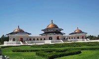 genghis khans mausoleum inner mongolia