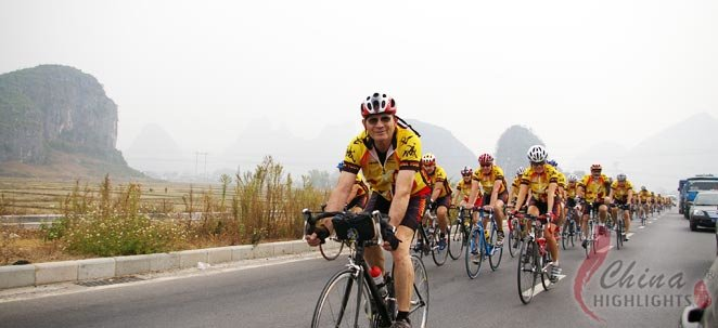 Cycling the eastern side of the Guilin Li River