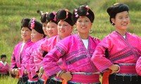longji ethnic village girls