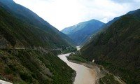 first bend of the yangtze yunnan