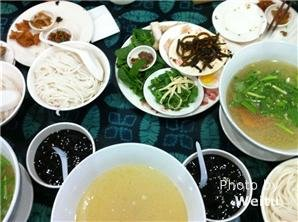 qiaoxiangyuanCrossing-over bridge rice noodle