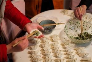How to Cook Chinese Dumplings