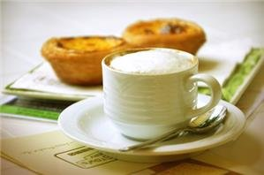 coffee and egg tart