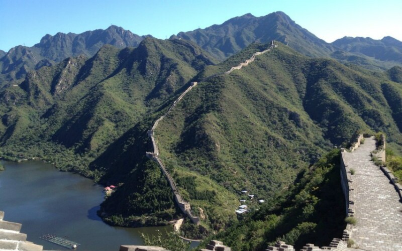"""The Huanghuacheng Section - the """"Lakeside Great Wall"""""""