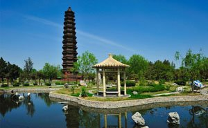 The Iron Pagoda was the built by the Song in Kaifeng in 1049.