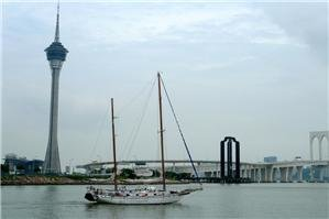 Macau Sightseeing Cruise from Zhuhai
