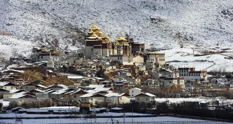 Songzanlin Monastery in Winter