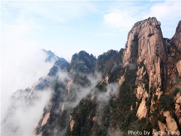 best hiking trails in china  most popular hiking routes
