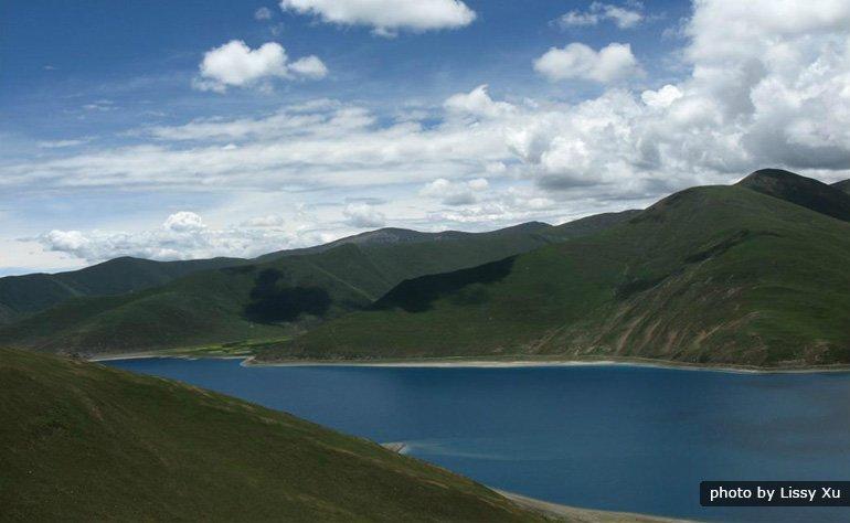yandrok yumtso lake