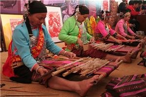 Traditional Arts and Crafts of Guangxi