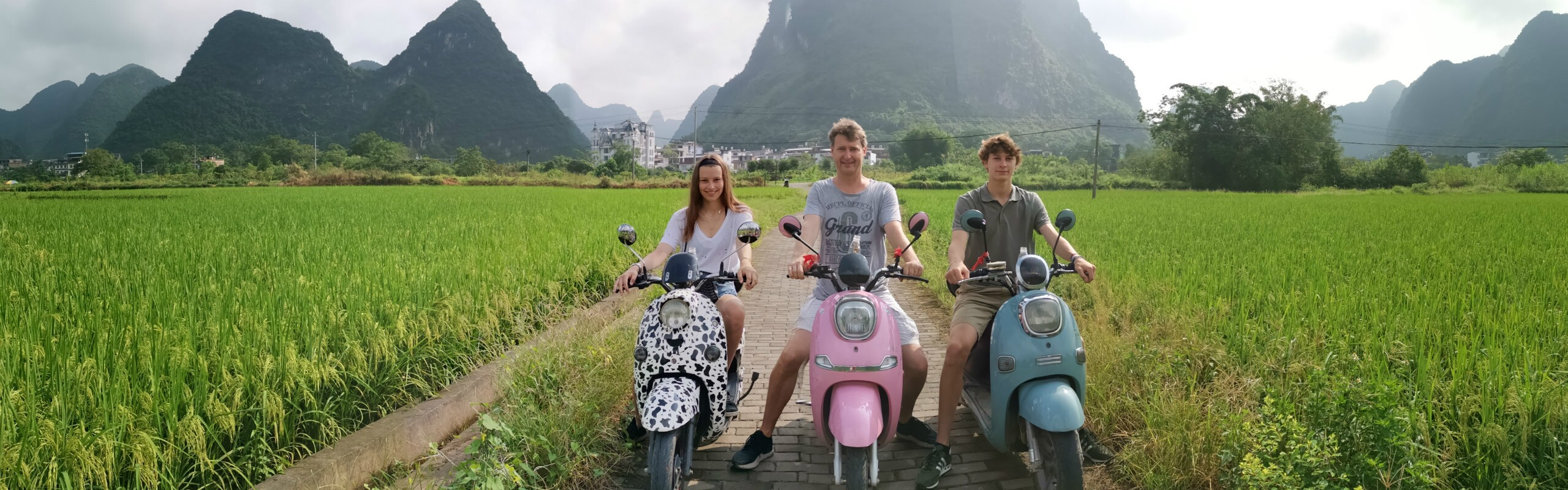 Imperial and Scenic China Family Tour