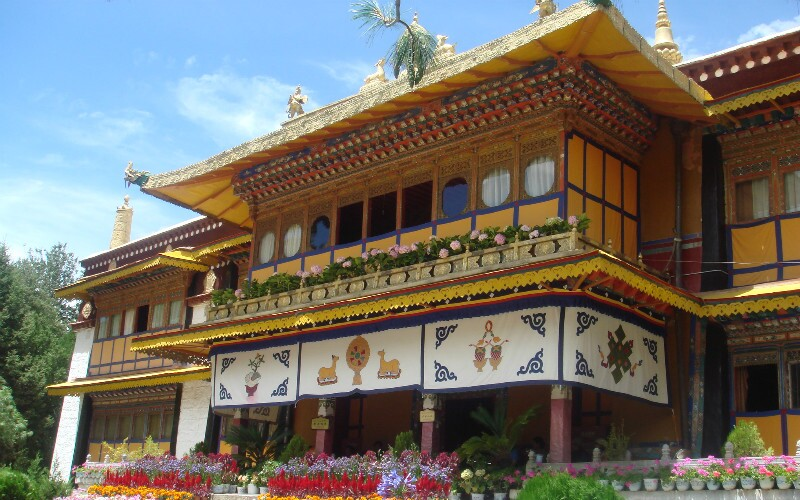 Norbulingka — Tibet's Green Garden
