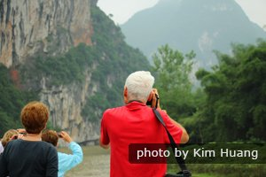 The beautiful scenery along the Li River.