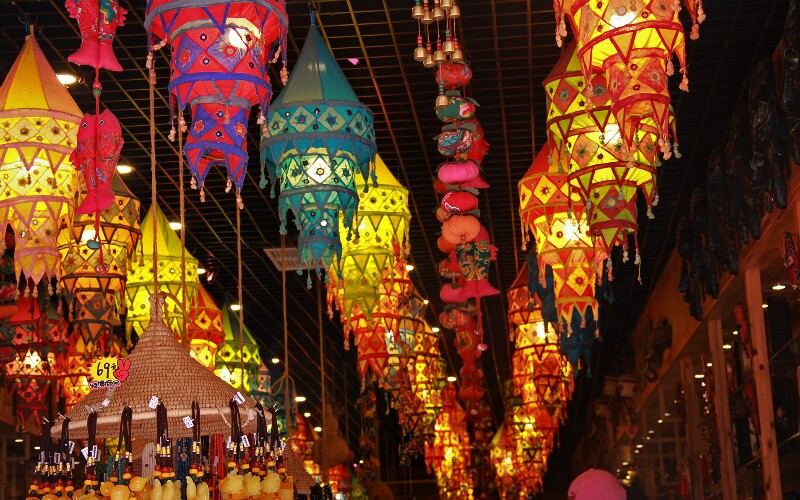 Top Guilin Night Time Activities (Night Markets and Cruise)