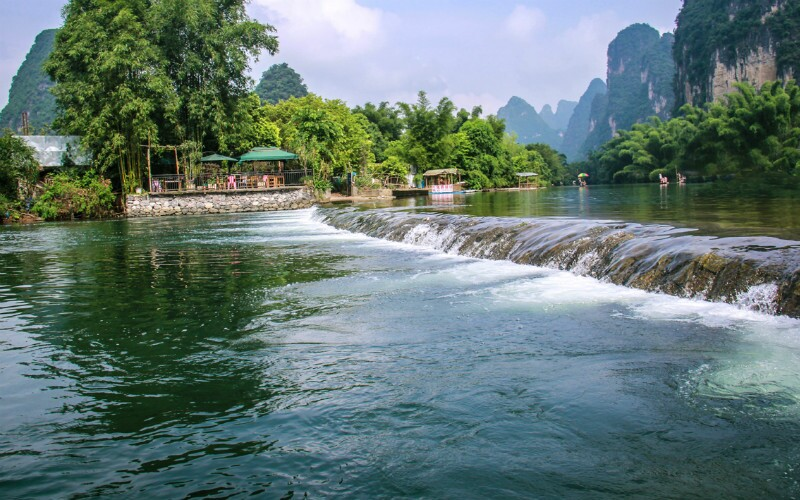 Tianhe Pool - the Concentration of Guizhou's Natural Scenery
