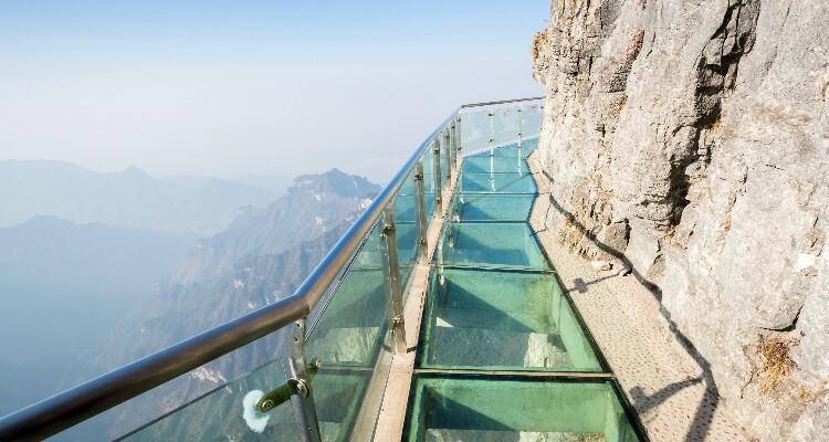 the glass walkway at Tianmen mountain