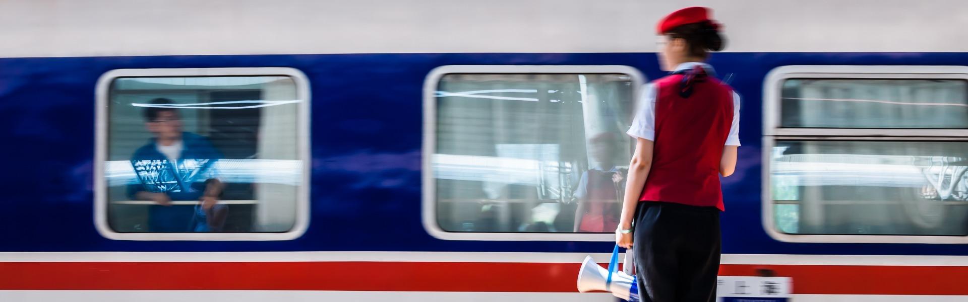 China Highlights Train Ticket Service