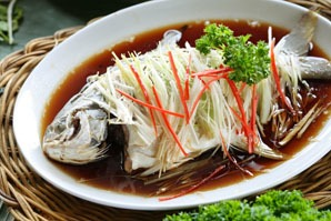 Steamed fish with slivers of ginger, Guangzhou food