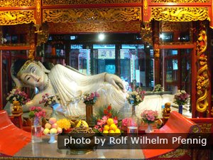 A buddha in Jade Temple
