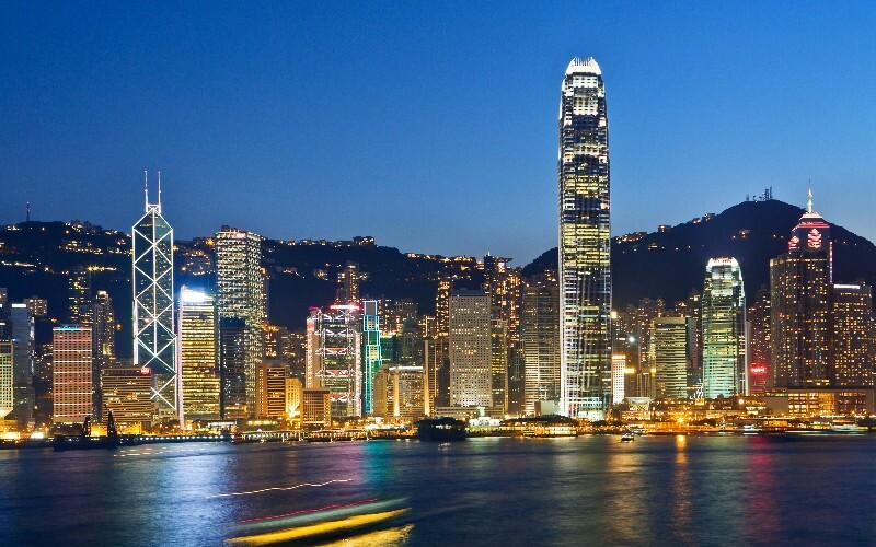 Hong Kong Christmas Shopping — What to Buy and Where