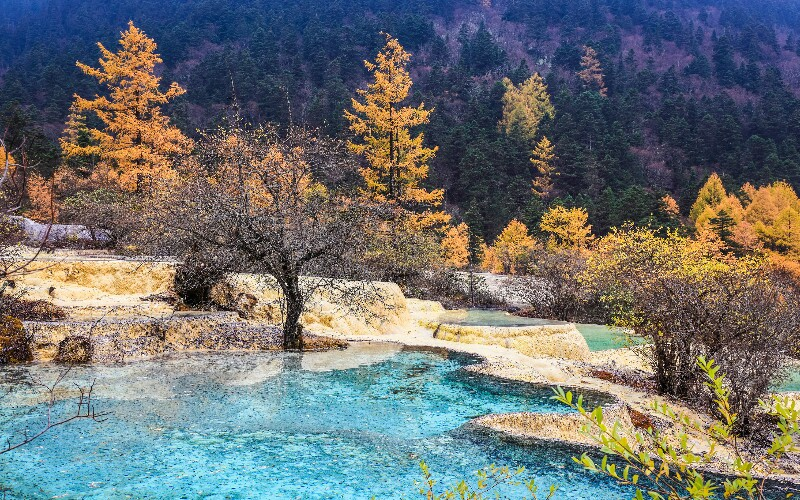 Jiuzhaigou Weather in June