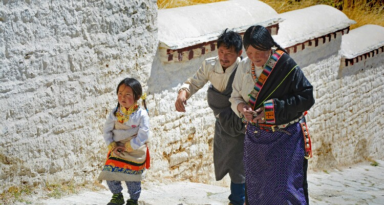 Tibetan people visiting Potala Palace