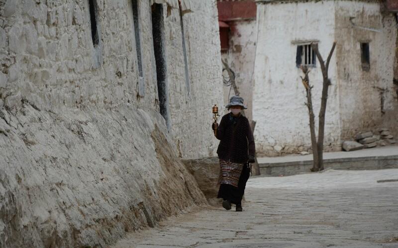 Sera Monastery - See Monks Debating