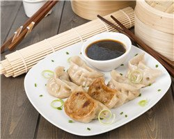 Chinese dishes, popular Chinese food, dumplings