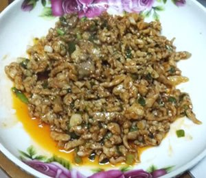 Sautéed Shredded Pork with Sweet Bean Sauce