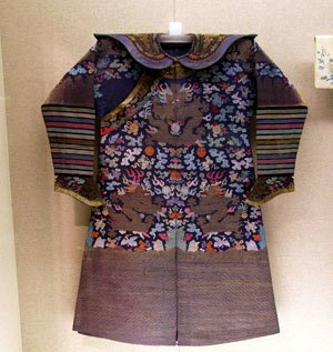 beautiful decorated imperial robe in the Shanghai museum