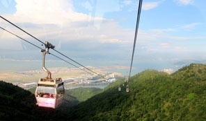 The Ngong Ping 360 Cable Car — Travel Tips, Tour Plan (2019)