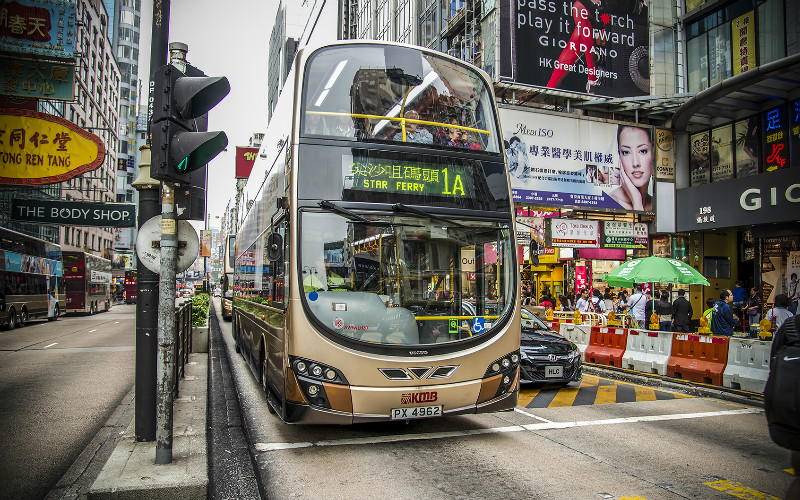 Top 7 Shopping Areas in Hong Kong — From Luxury Malls to Street Markets