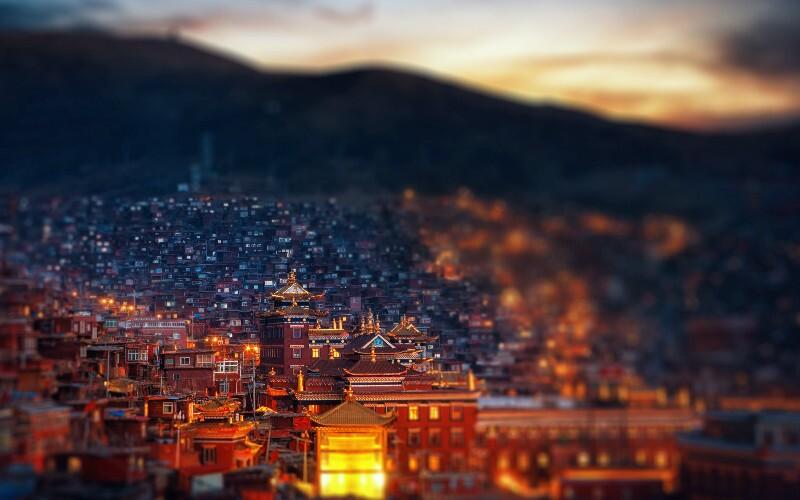Seda: the Largest Tibetan Buddhist Monastery in the World