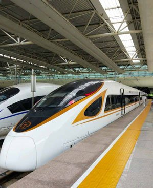 """Fuxinghao"" high-speed train, the most fast train in China"
