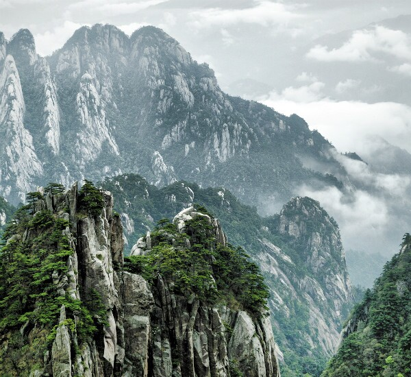 4-Day Trekking in the Yellow Mountains
