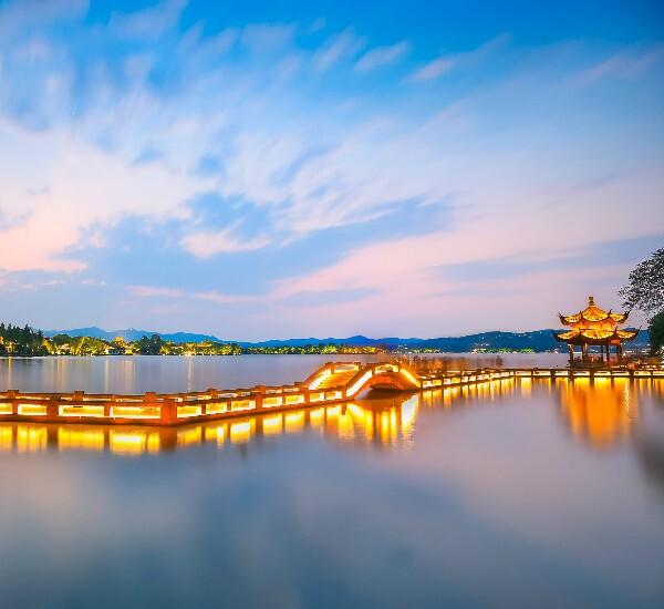 5-Day Shanghai, Hangzhou and Suzhou Bullet Train Tour