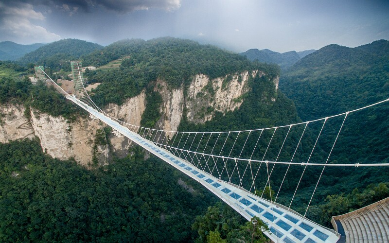 China's Top 5 Skywalks — High And Scenic Thrills