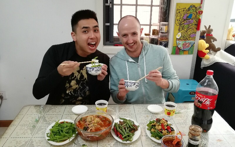 How to Host Chinese and Be a Guest in China