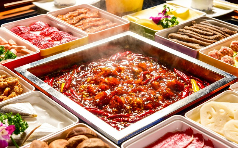 How to Survive a Chengdu Hotpot