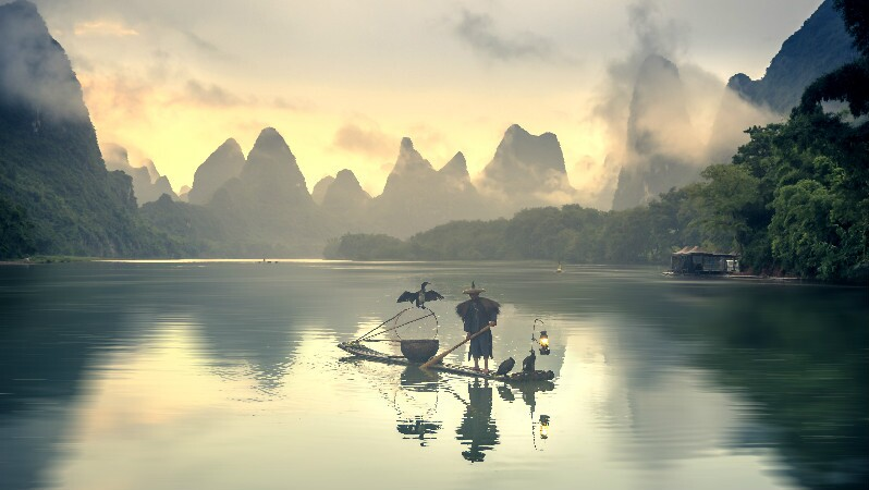 the best places to visit in June in China: guilin