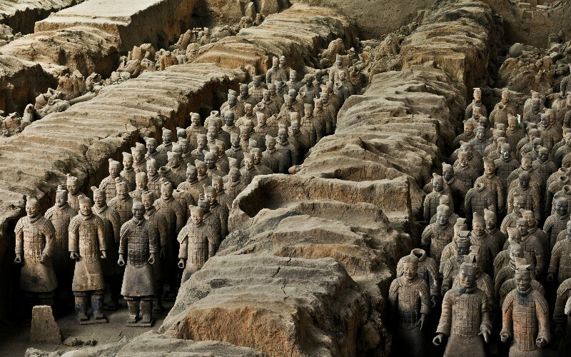 The Terracotta Army: A Complete Guide with Pictures & Infographics